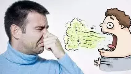 इस वजह से आती है मुंह से बदबू, यदि आपके मुंह से भी आती है बदबू तो जरूर पढ़ें ये खबर