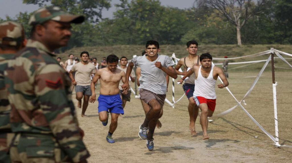 भारतीय सेना में सिपाही और क्लर्क के लिए होने जा रही भर्ती, 10वीं-12वीं पास ऐसे करा सकते हैं रजिस्ट्रेशन